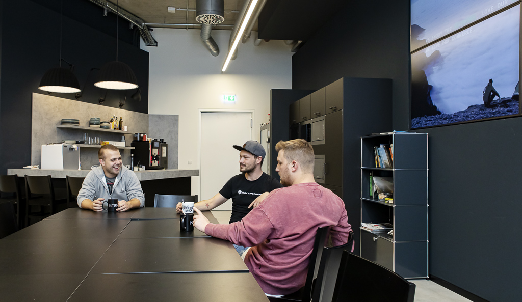 Internetstores Stuttgart Office Drop IN officedropin 6907 A TOUR OF INTERNETSTORES HQ IN STUTTGART