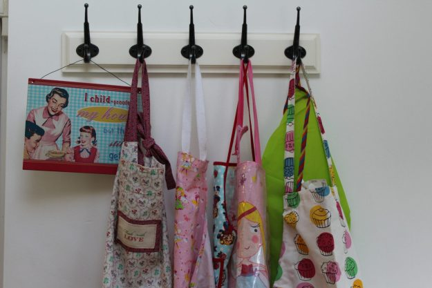 aprons - Office Mum