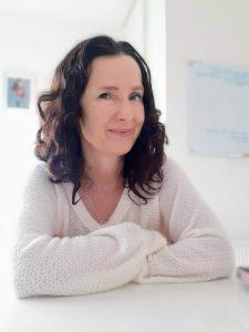 Andrea Mara author