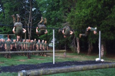 usmc-ocs-candidates-skivvy-shirts-obstacle-course