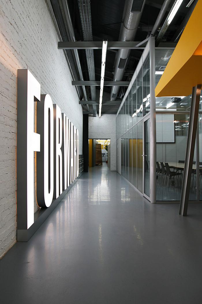 Forward Media Group By Za Bor Architects Office Snapshots