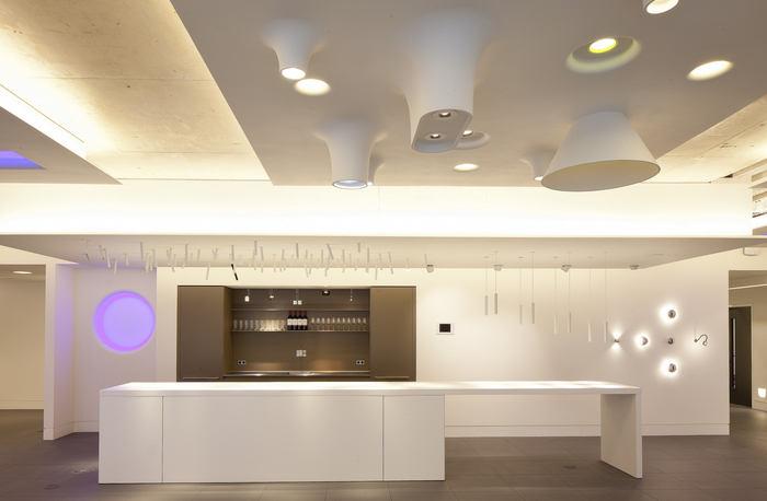 atrium-office-design-1