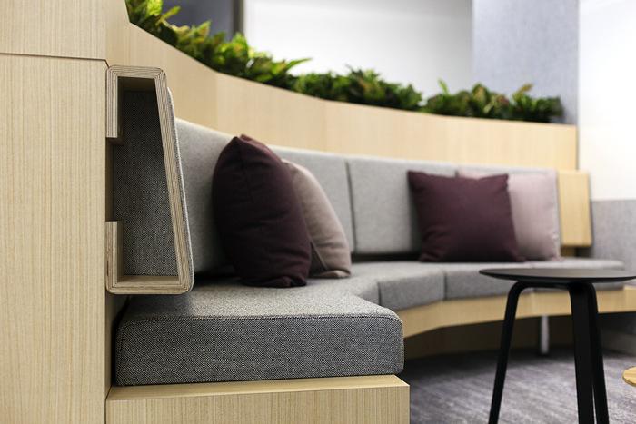CFXLevel 39 - MLC Centre. 19 Martin Place, SydneyGriffen Lim