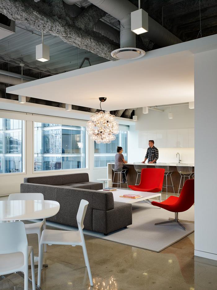 pivot-office-chicago-office-design-7