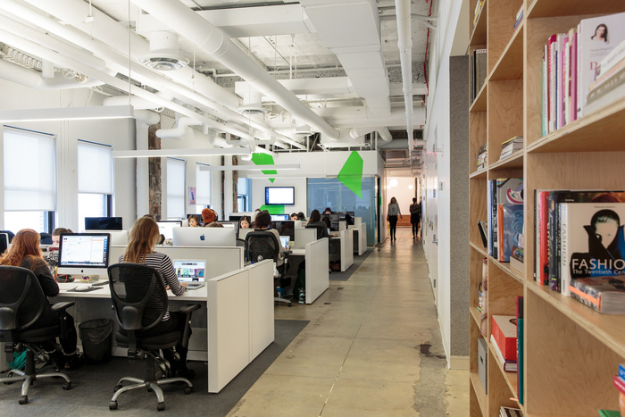 refinery29-office-new-york-city-office-design-11