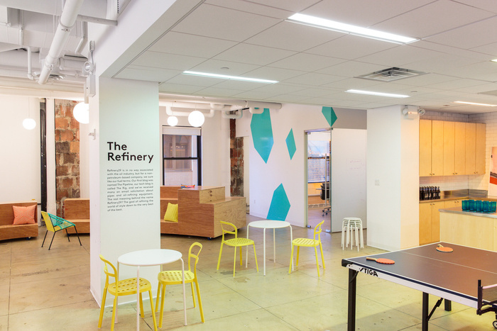 refinery29-office-new-york-city-office-design-7