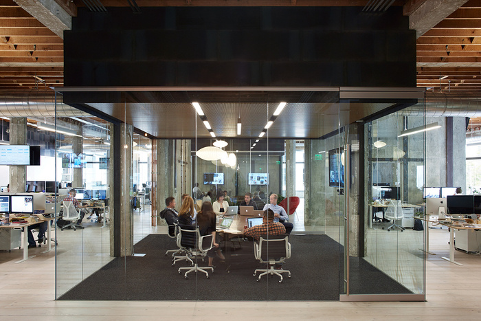 vsco-office-oakland-office-design-9