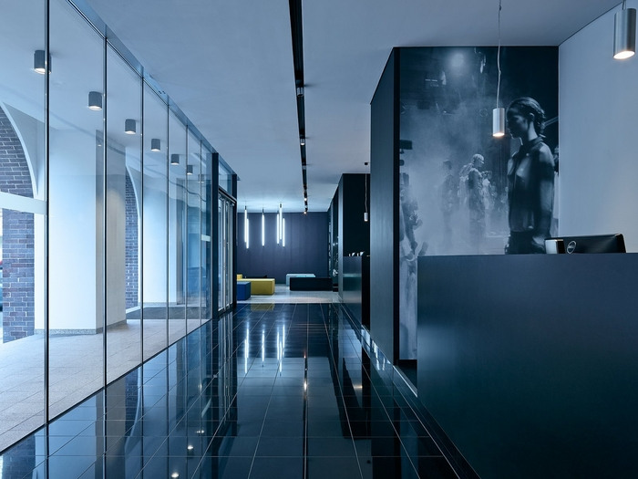 5_Zalando Fashion Hub_entrance_reception