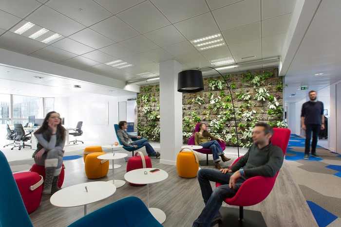 akamai-paris-office-design-11