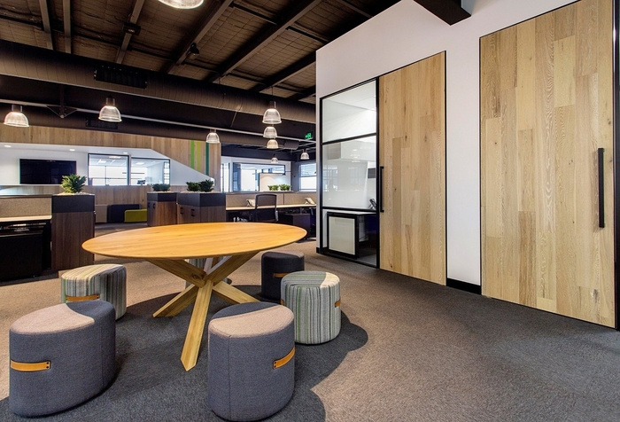 cameron-industrial-office-design-2