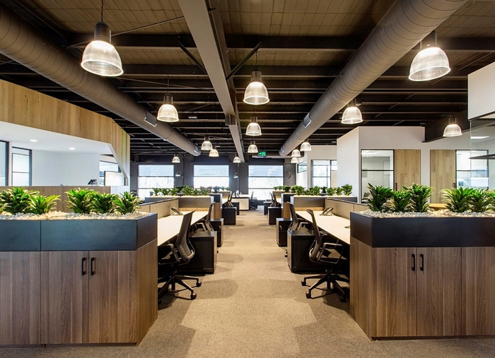 cameron-industrial-office-design-3