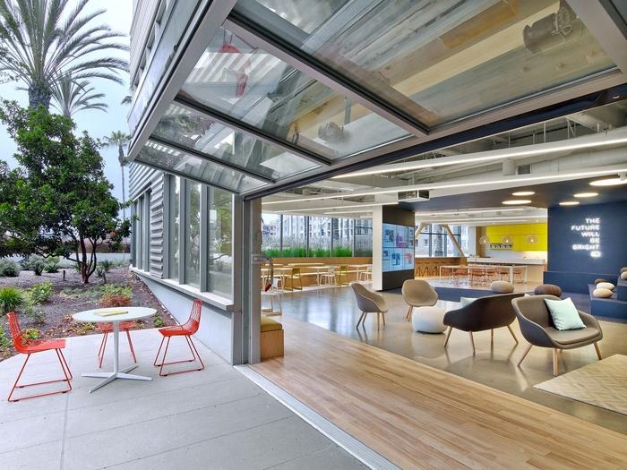 fullscreen-office-design-3
