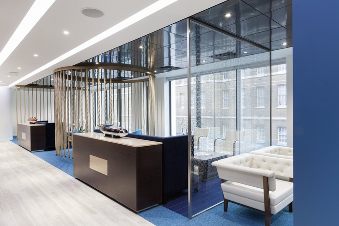 office-space-in-town-monument-office-design-2