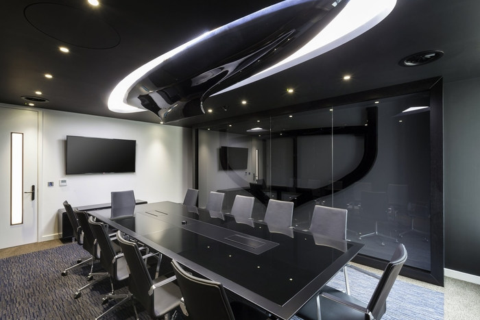 office-space-in-town-monument-office-design-3