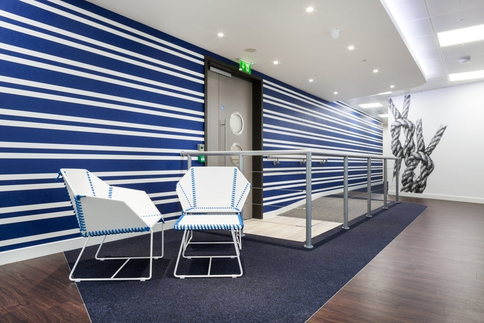 office-space-in-town-monument-office-design-7