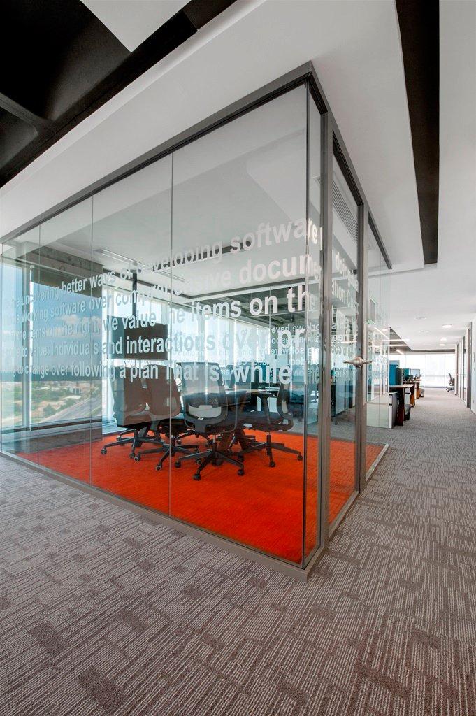 sbm-insurance-office-design-6