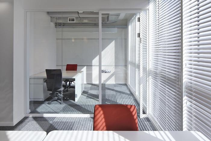 uxpert-office-design-2