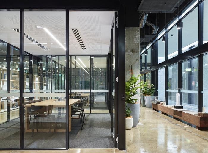 woods-bagot-brisbane-office-design-2