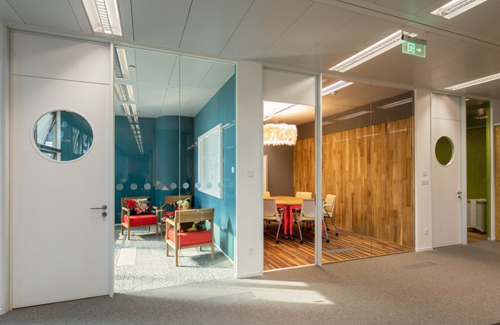 airbnb-beijing-office-design-4