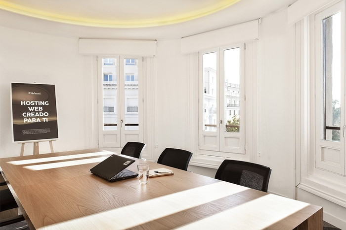siteground-madrid-office-design-10