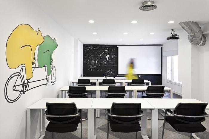 siteground-madrid-office-design-11