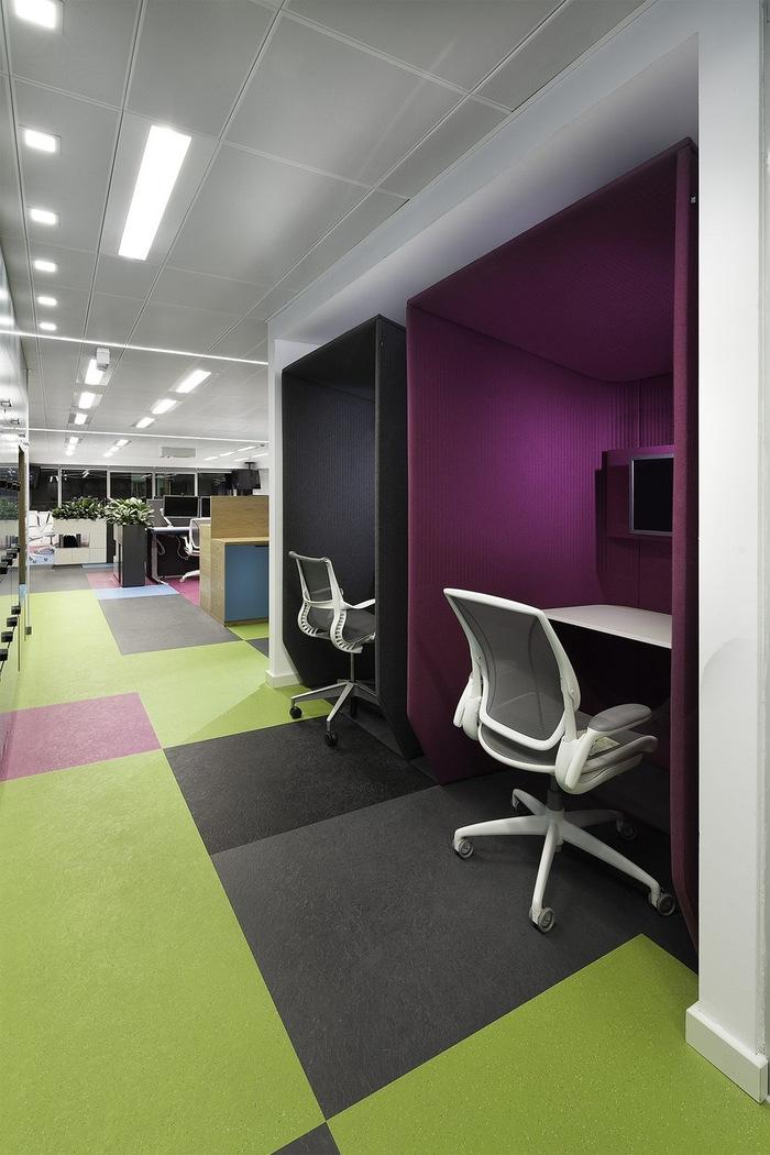 skyscanner-office-design-11