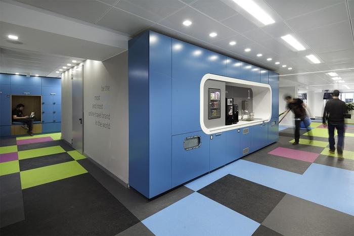 skyscanner-office-design-16
