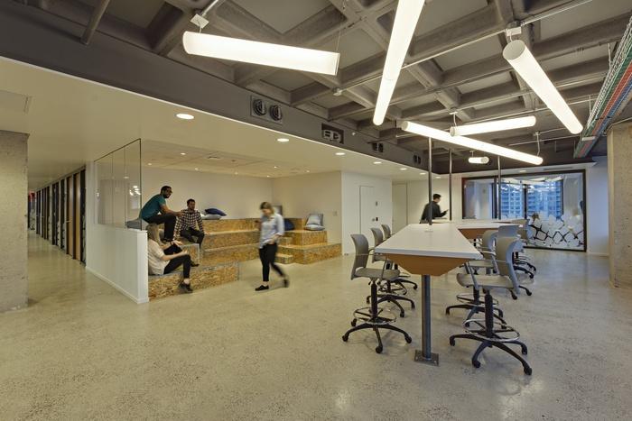 tech-company-office-design-15