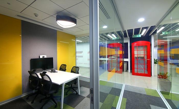 visa-bangalore-office-design-12