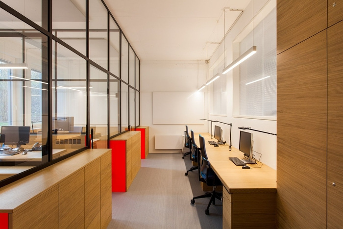 wall-ag-office-design-8