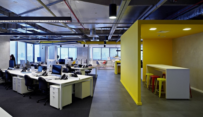 LewLara-TBWA-office-design-4