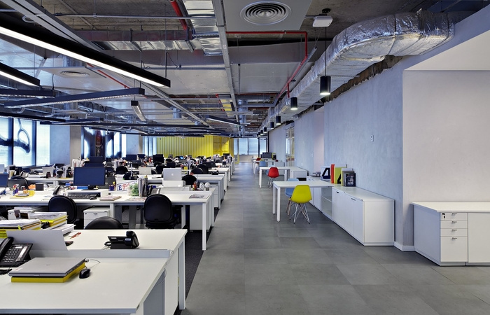 LewLara-TBWA-office-design-7