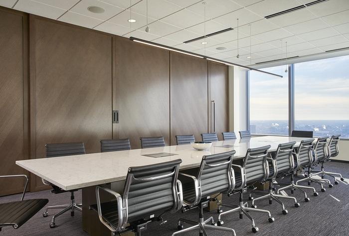 axis-reinsurance-office-design-10