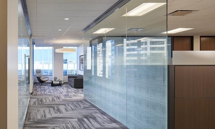 axis-reinsurance-office-design-4