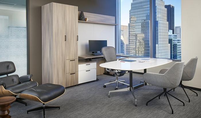 axis-reinsurance-office-design-5