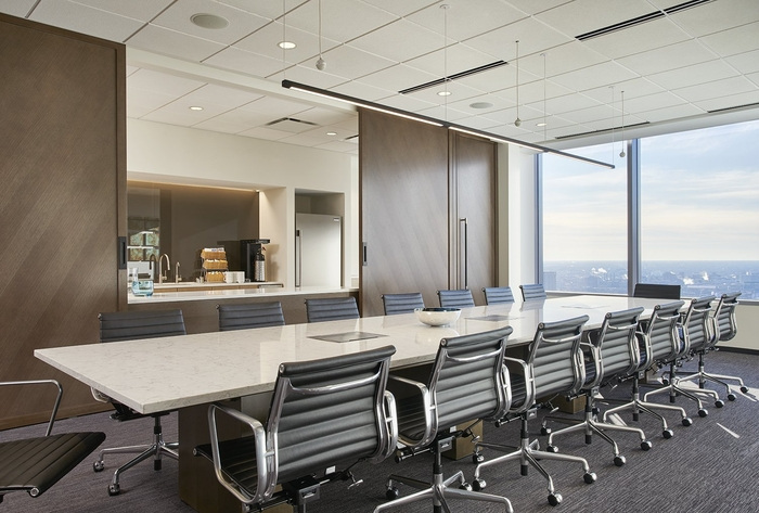 axis-reinsurance-office-design-9