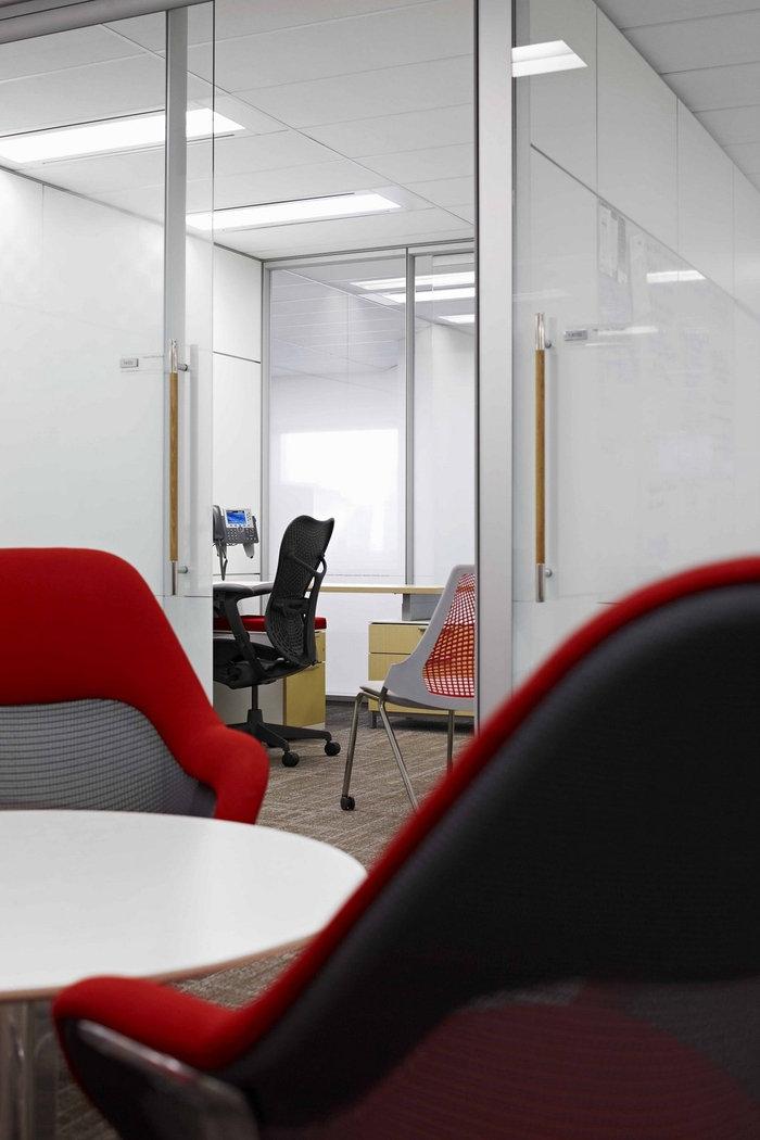 enbridge-office-design-10