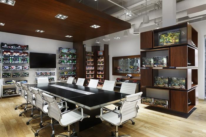 merchsource-office-design-2