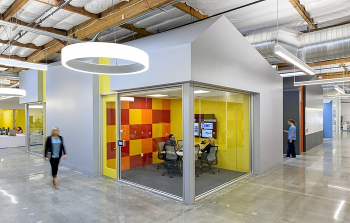 bandai-office-design-1