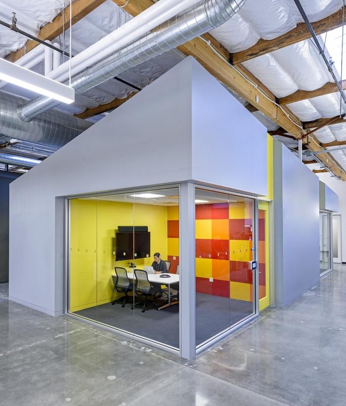 bandai-office-design-3
