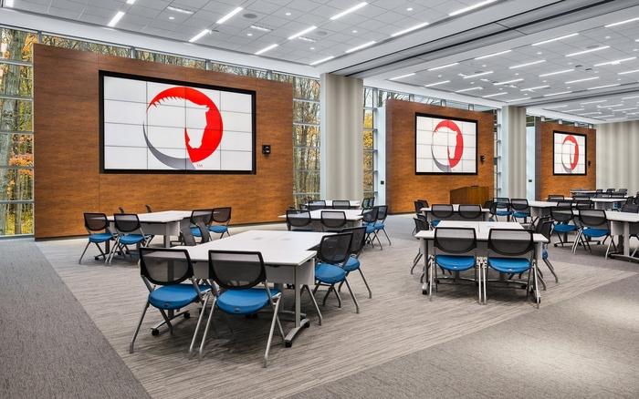 gsp-jackson-national-office-design-10