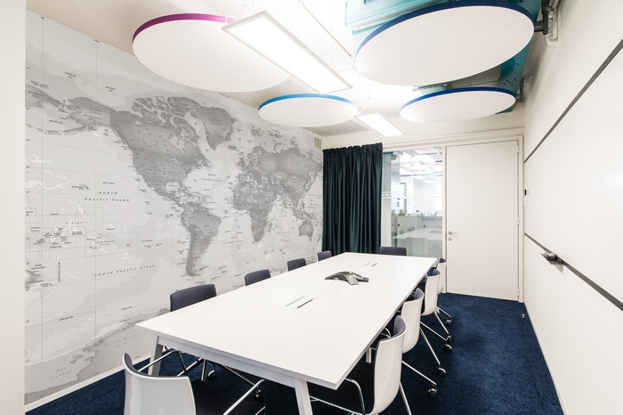 pitney-bowes-office-design-6