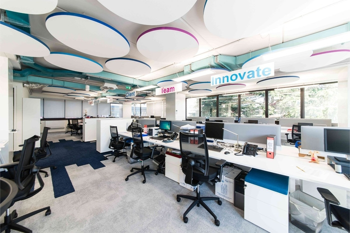 pitney-bowes-office-design-9