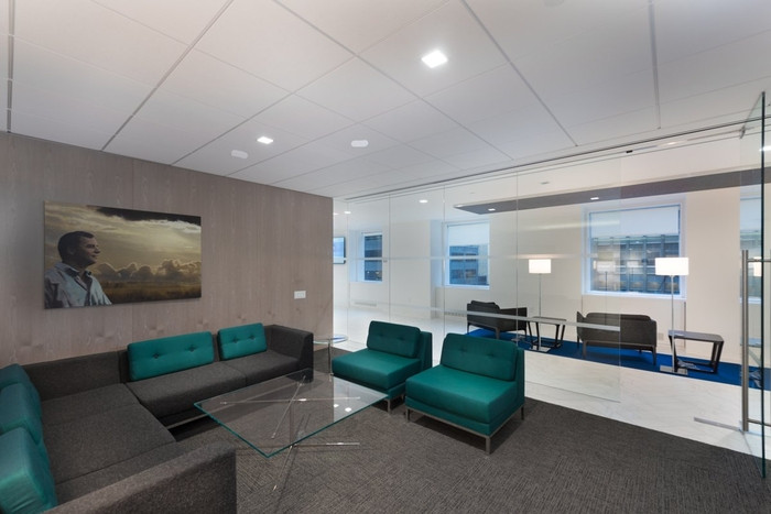van-eck-global-office-design-4