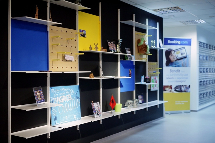 bookingcom-office-design-8