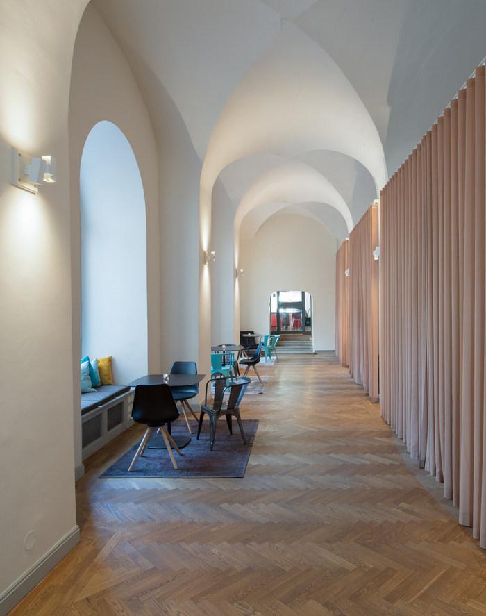 chimney-office-design-17