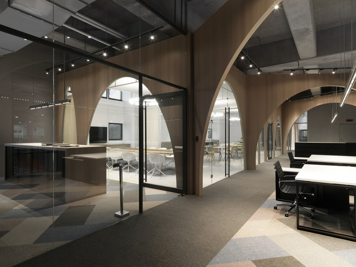 hm-distribution-office-design-4