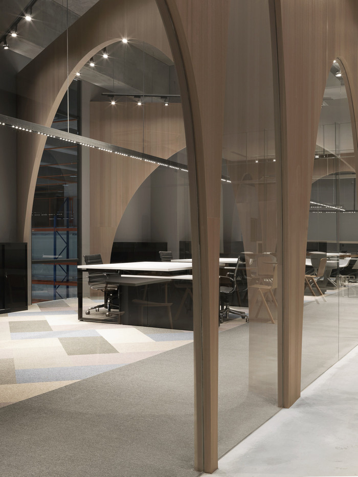 hm-distribution-office-design-8