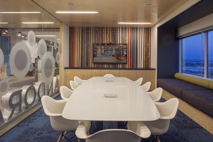 pandora-boston-office-design-5