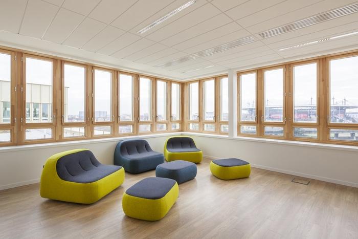 plaine-commune-habitat-office-design-6